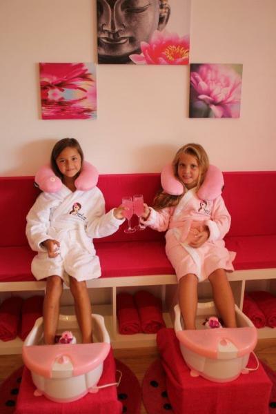 Spoil me kids day Spa